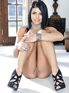 Nude Chicks Pussy Adriana Chechik